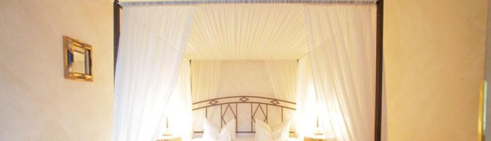 Himmelbetten aus Metall oder Holz online günstig
