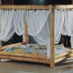 Dieses Bambusbett gehört auch zu den Himmelbetten